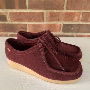Clarks collection maroon lace closure loafers
